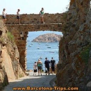 inside-tossa-de-mar-castle-barcelona